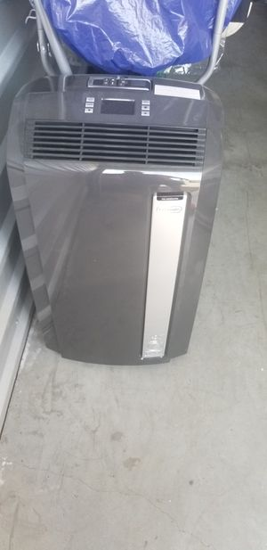 Ac from Costco for Sale in Bloomington, CA
