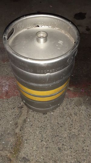Barril para cerveza for Sale in Long Beach, CA