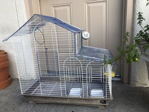 Bird Cage / casa de pájaro for Sale in Dallas, TX