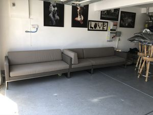 Couch sectional for Sale in Perris, CA