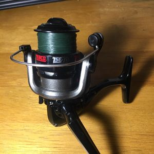 Zebco ZSE20 Spinning Reel for Sale in San Antonio, TX