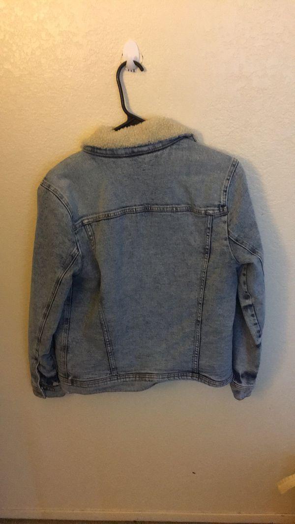 Hollister Oversized Demin Jacket!