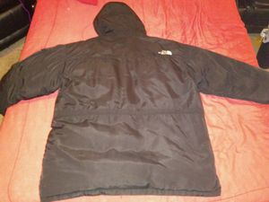 THE NORTH FACE PARKA COAT WINTER JACKET MCMURDO for Sale in Grayson, GA