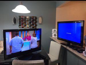 Tv 2 por $55 size 32 pulgadas for Sale in Irving, TX