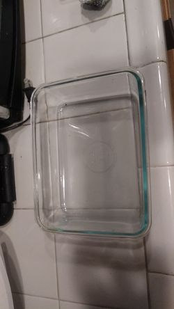 Pyrex 6 cup baking dish for Sale in HUNTINGTN BCH,  CA