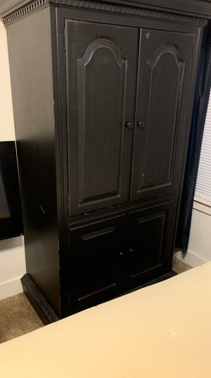 Bedroom cabinet for Sale in Fort Worth, TX