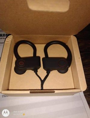 Wireless headphones for Sale in Fresno, CA