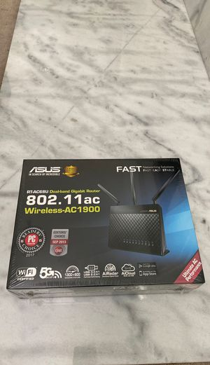 Asus dual band gigabit router RT-AC68U. Wireless-AC1900 for Sale in Beverly Hills, CA