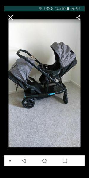 Graco double stroller $300 firm no less its new/ $300 fime no menos esta nueva for Sale in Sunnyvale, CA