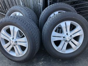 Mercedes GL450 GL550 X164 Wheels and Tires Set of 4 for Sale in Alexandria, VA