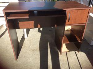 Brown Desktop for Sale in Hyattsville, MD
