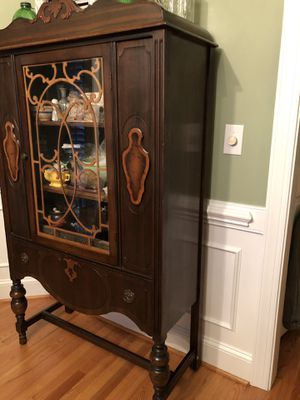 Antique China/Curio Cabinet for Sale in Raleigh, NC