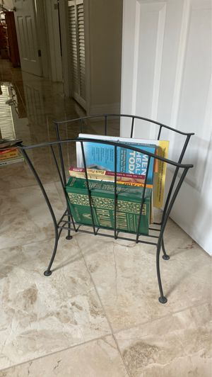 Iron Magazine Rack for Sale in Miami, FL