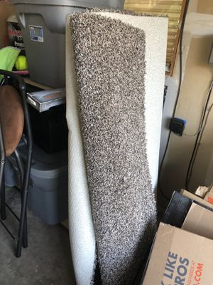 Small roll of carpet very thick and brand new. Was extra let over from doing our house. for Sale in Gig Harbor, WA