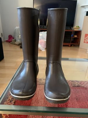 Crocs rain boot size 7 color: dark brown. for Sale in Minneapolis, MN