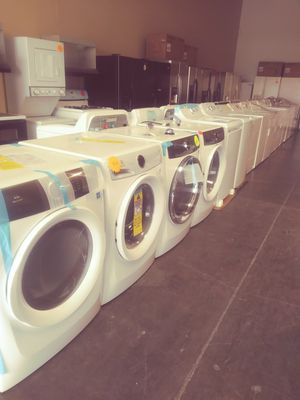 Washers or Dryers front loaders white for Sale in North Las Vegas, NV