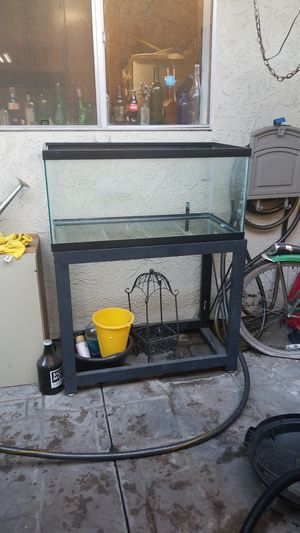 55 gallon fish tank, stand and rocks for Sale in Los Angeles, CA