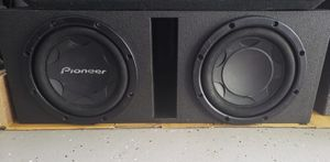 """Subwoofers Pioneer 12"""" 2000 Watts in good condition for Sale in Orlando, FL"""