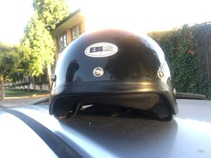 Motorcycle helmet extra large DOT. 80 for Sale in Oakland, CA