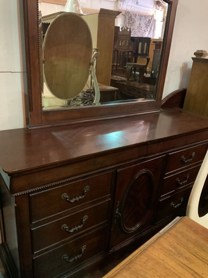 Nice Red Mahogany Dresser with Mirror - Delivery Available for Sale in Tacoma, WA
