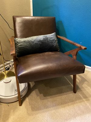 Stunning Crate & Barrel Cavett Leather Chair Solid Wood Real Leather, Excellent Condition Leather Chair for Sale in Los Angeles, CA