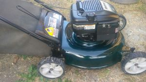 21 inch cut Bolens lawn mower for Sale in Hemet, CA