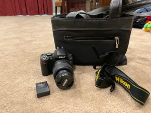 Nikon D40 Digital camera with accessories for Sale in Hanover, MD