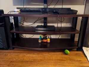 Entertainment center with TV mount for Sale in Moreno Valley, CA