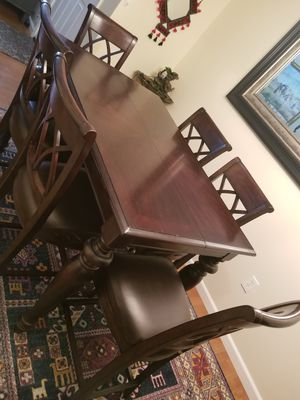 Dining table and 6 chairs for Sale in Basking Ridge, NJ