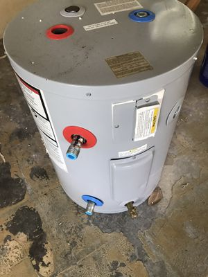 AO Smith Electric storage tank water heater for Sale in Winter Haven, FL