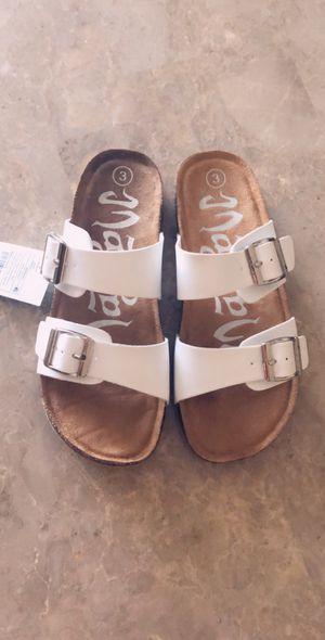 New Women Sandals Size 3 for Sale in McClellan Park, CA