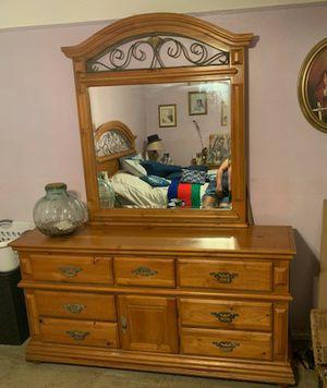 Bedroom set for Sale in Pomona, CA