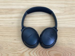 Bose QC 35 series 2 - limited edition -triple midnight blue for Sale in Worcester, MA