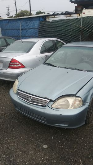 Honda and Mercedes parts out for Sale in Richmond, CA