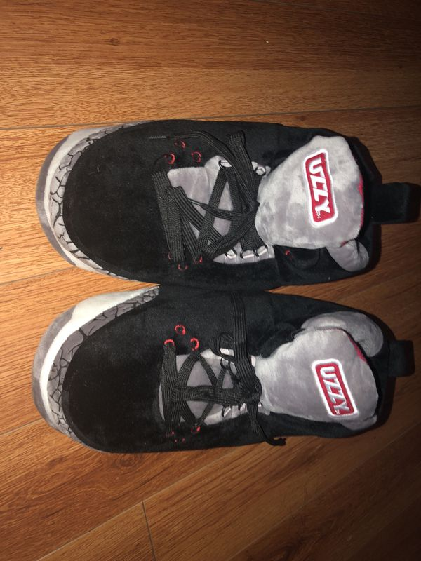 0976577dc Uzzy air Jordan 3 slippers for Sale in Compton