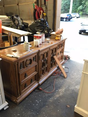 Project piece dresser and matching nightstand for Sale in Boston, MA