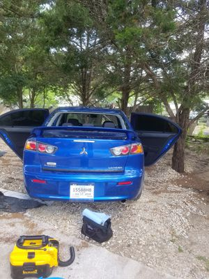 PARABRISAS PARA CARROS// WINDSHIELDS FOR CARS for Sale in Austin, TX