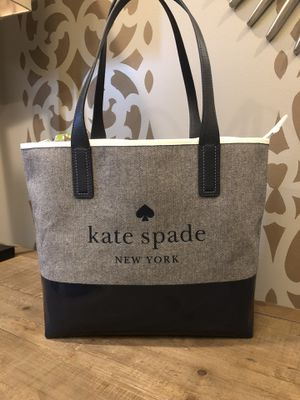 NWT NEW *Kate Spade* Ash Street Logo Tote for Sale in New Lenox, IL