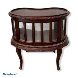 Vintage Mahogany Beveled Glass Curio Cabinet for Sale in Princeton,  NJ