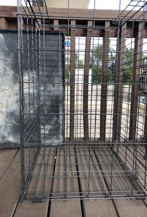 Pet cage with tray for Sale in San Diego, CA