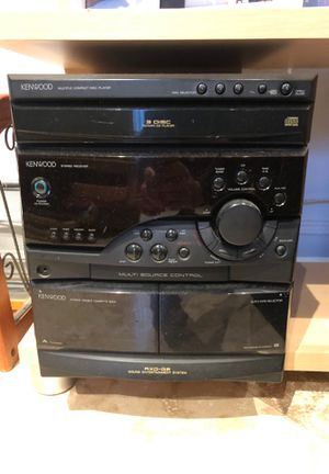 Kenwood 3 disc stereo system for Sale in Boca Raton, FL