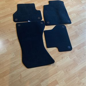 2019 Audi A4 Floor Mats for Sale in Maple Valley, WA
