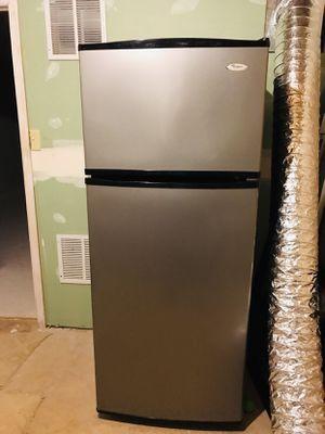 Whirlpool Refrigerator for Sale in Sterling, VA