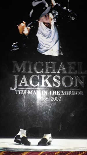 Micheal Jackson Book Rare Edition for Sale in Meridian, MS