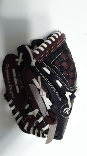 "Rawlings 9"" Baseball Glove for Sale in Greensboro, NC"