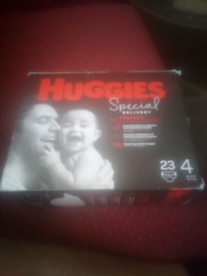 Huggies special delivery diapers size 4 23 pack for Sale in Avon Park, FL
