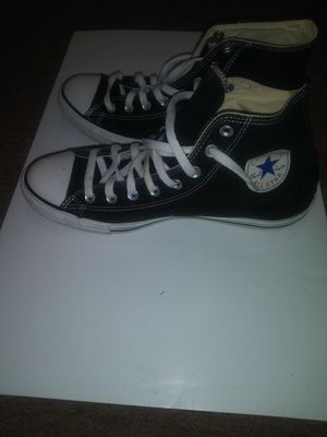 Converse Chuck Taylor for Sale in Cleveland, OH