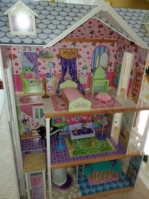 3 Story Doll House - KidsKraft brand for Sale in Burleson, TX