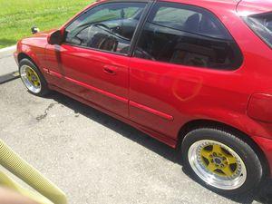 1996 Honda civic dx hatchback Automatic for Sale in Flamingo, FL