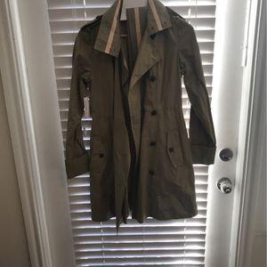 Banana Republic Women's Raincoat 40.00 for Sale in Houston, TX